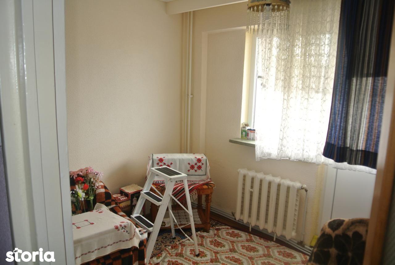 Apartament de vanzare, Argeș (judet), Banat - Foto 7