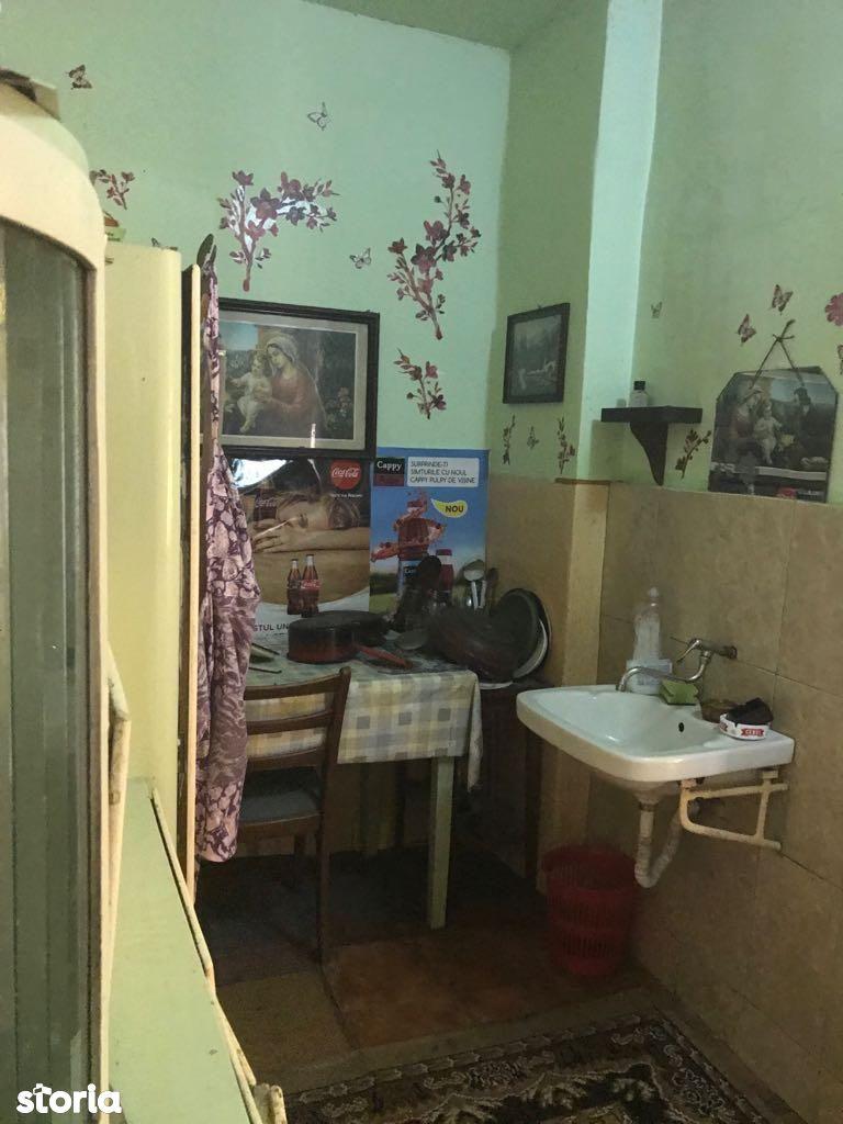 Apartament de vanzare, Arad (judet), Zona Bou' Roșu - Foto 3