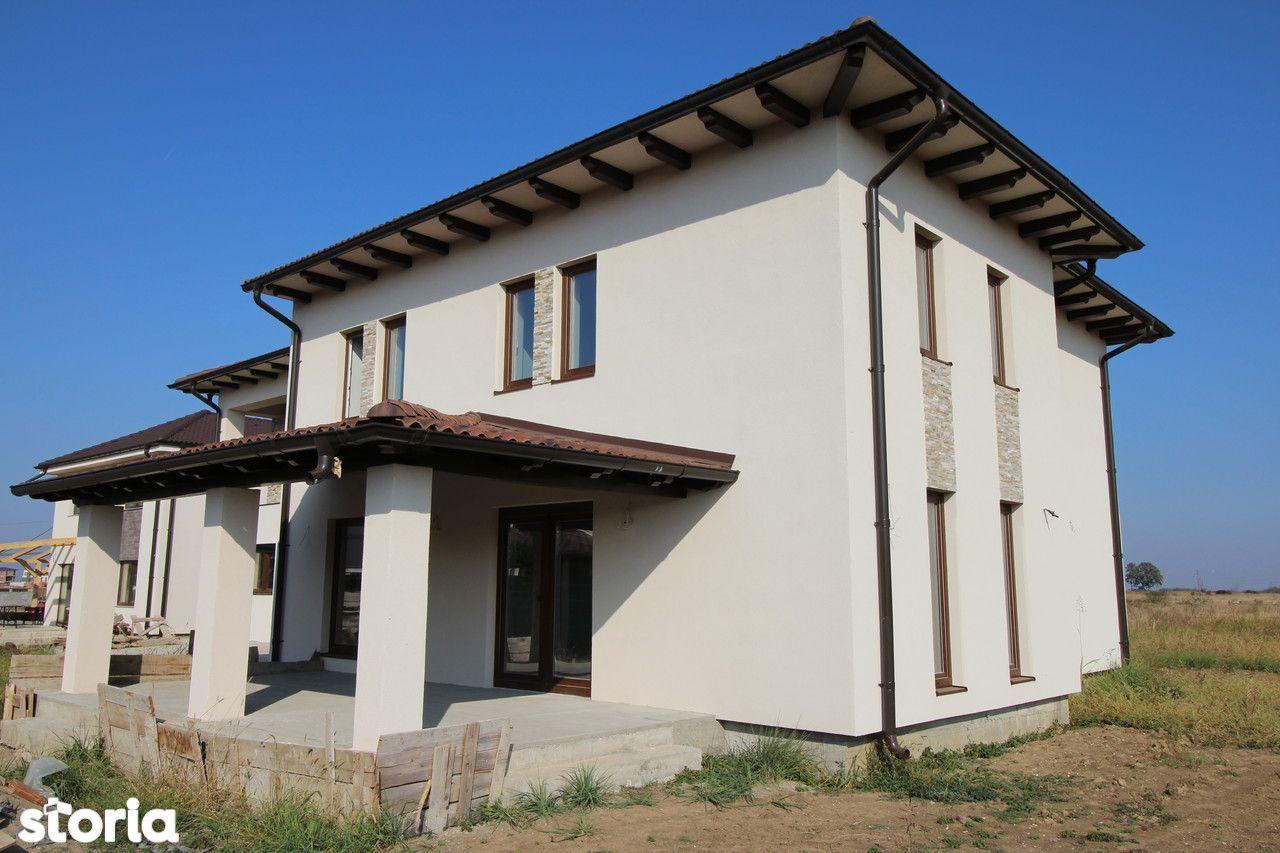 Casa de vanzare, Timiș (judet), Strada G. Coșbuc - Foto 1