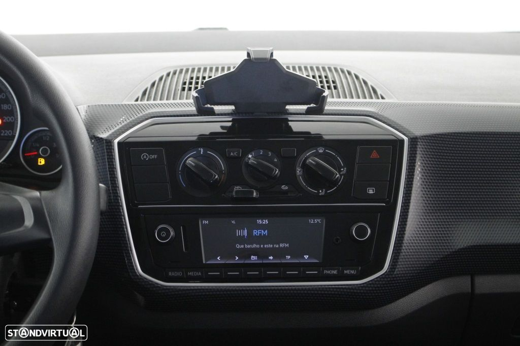 VW Up 1.0 Move Up! - 17