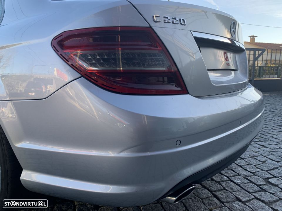 Mercedes-Benz C 220 CDi Avantgarde - 10