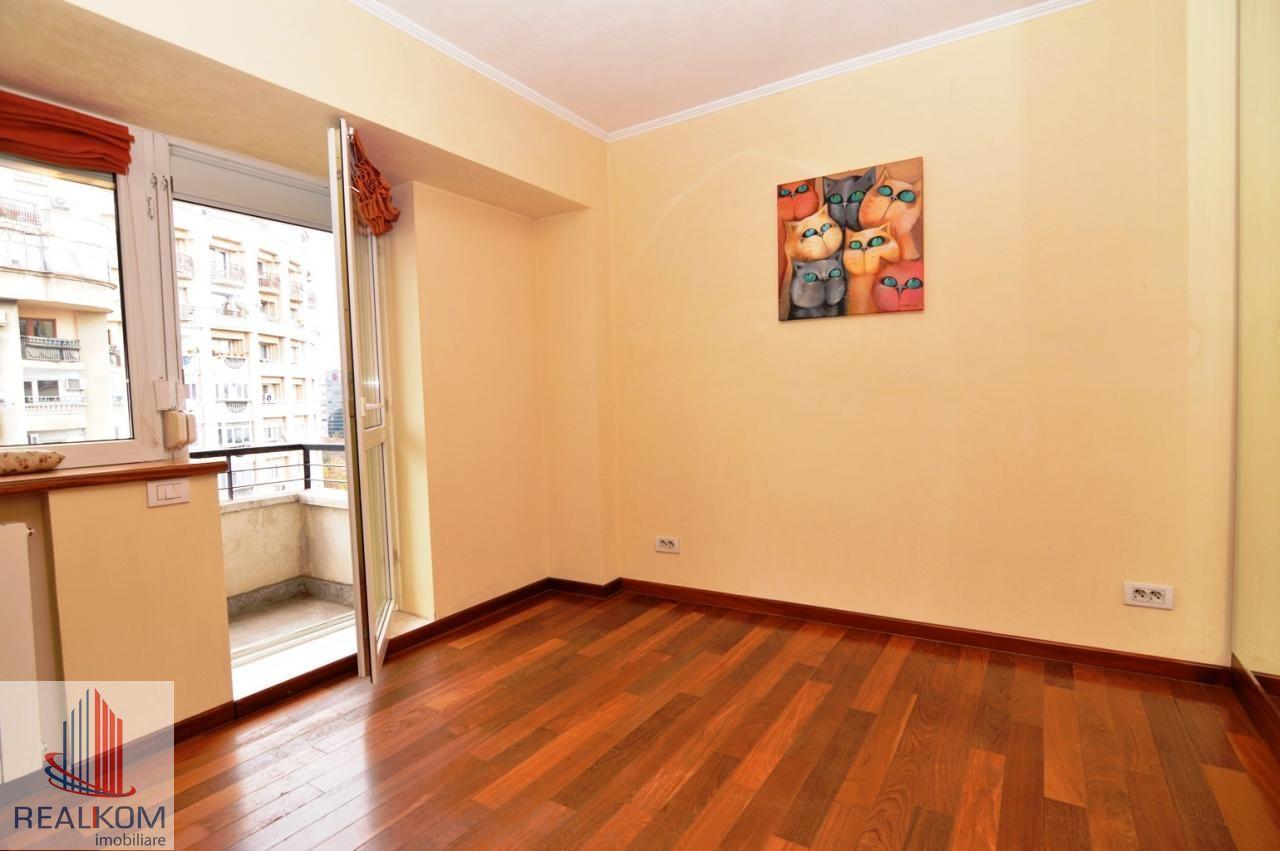 Apartament de inchiriat, București (judet), Strada Pilat Ion - Foto 19