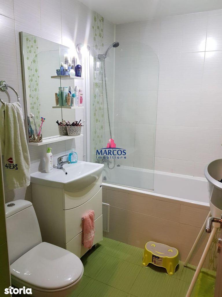Apartament de vanzare, Resita, Caras-Severin, Micro 3 - Foto 9