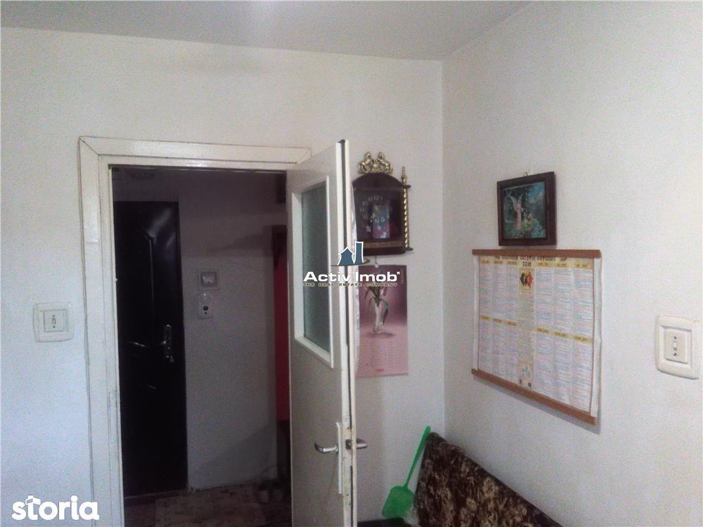 Apartament de vanzare, Caraș-Severin (judet), Strada 1 Decembrie 1918 - Foto 7