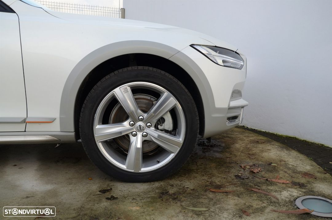 Volvo V90 Cross Country D5 AWD Volvo Ocean Race Geartronic - 27