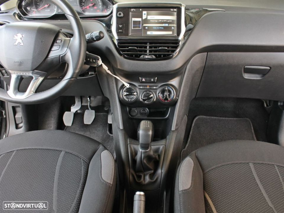 Peugeot 208 1.4 HDi Active - 18