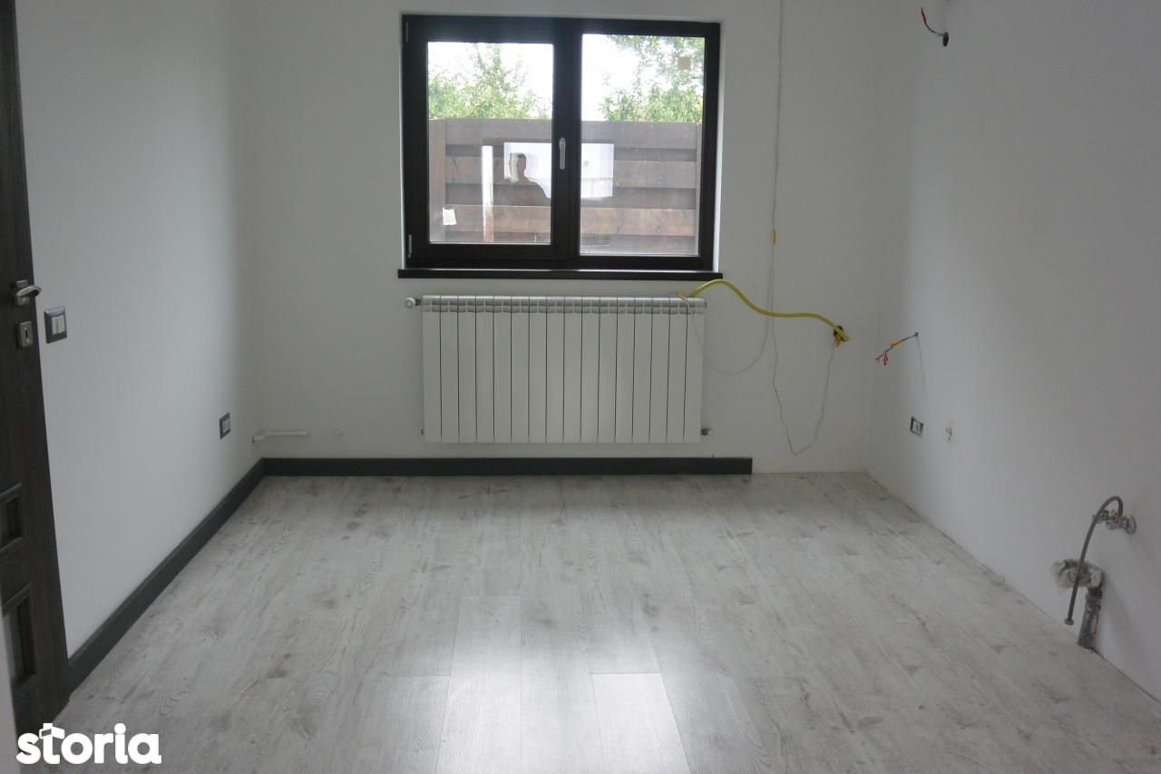 Casa de vanzare, Argeș (judet), Craiovei - Foto 19