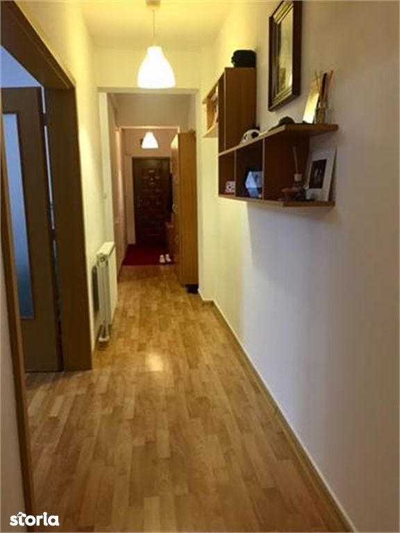 Apartament de vanzare, Argeș (judet), Aleea Seneslau - Foto 8