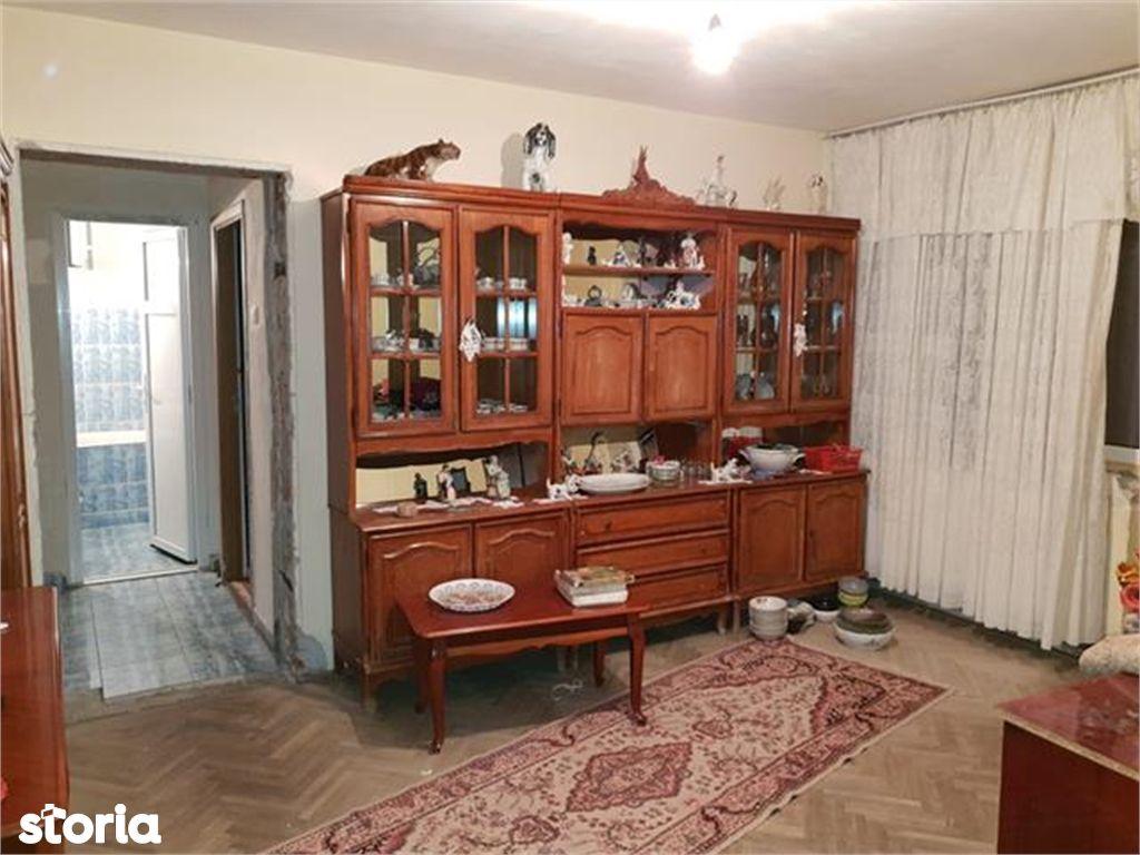 Apartament de vanzare, Argeș (judet), Strada Mărășești - Foto 1