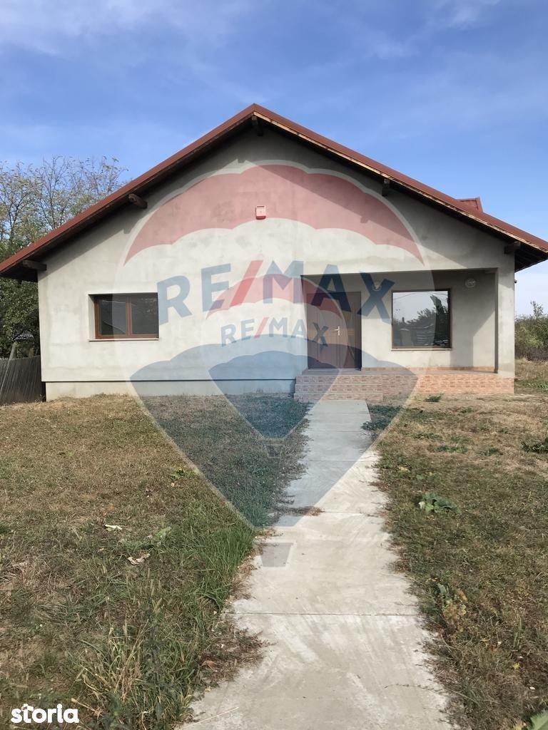 Casa de vanzare, Vrancea (judet), Strada Florilor - Foto 8