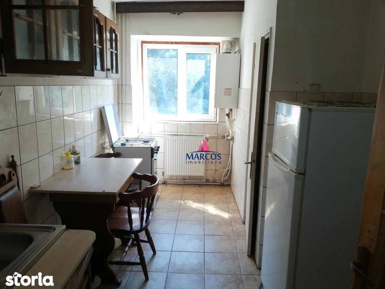 Apartament de vanzare, Caraș-Severin (judet), Reşiţa - Foto 3