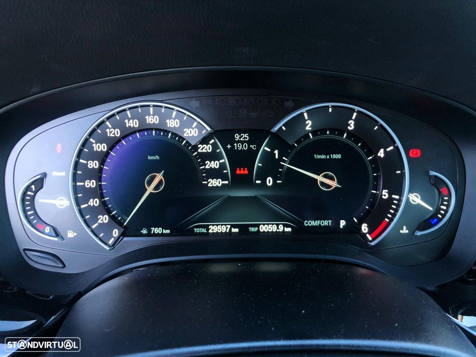 BMW 520 d Touring Pack M - 35