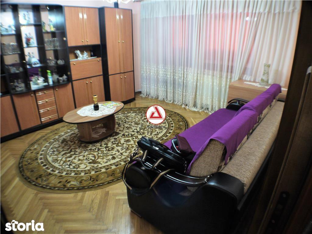 Apartament de inchiriat, Bacău (judet), Nord - Foto 2
