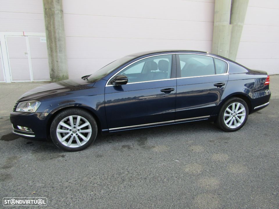 VW Passat 2.0 TDi Highline DSG - 17