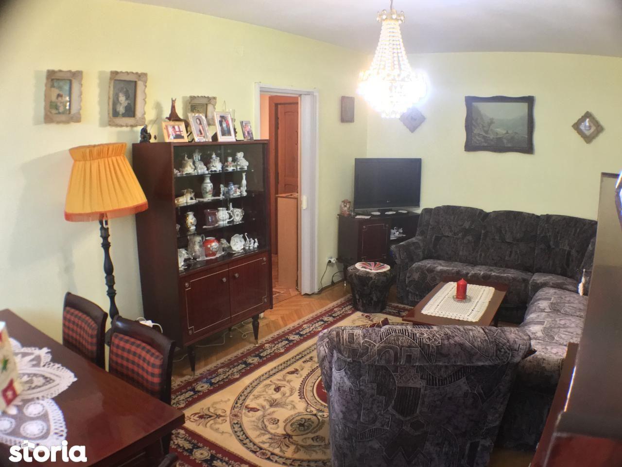 Apartament de vanzare, Hunedoara (judet), Ceangăi - Foto 3