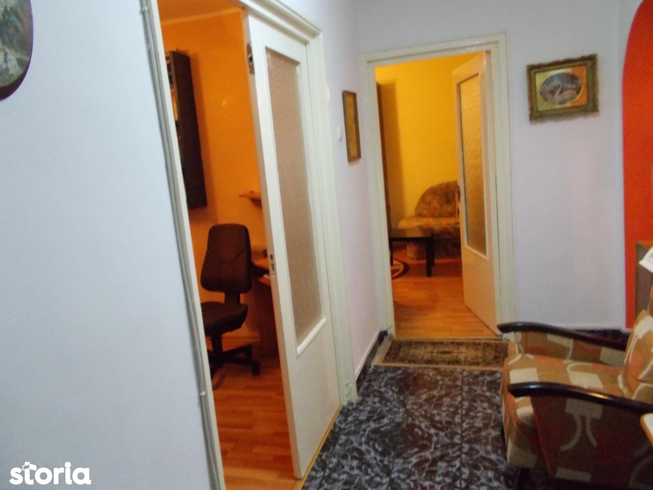 Apartament de vanzare, Oradea, Bihor, Dacia - Foto 2