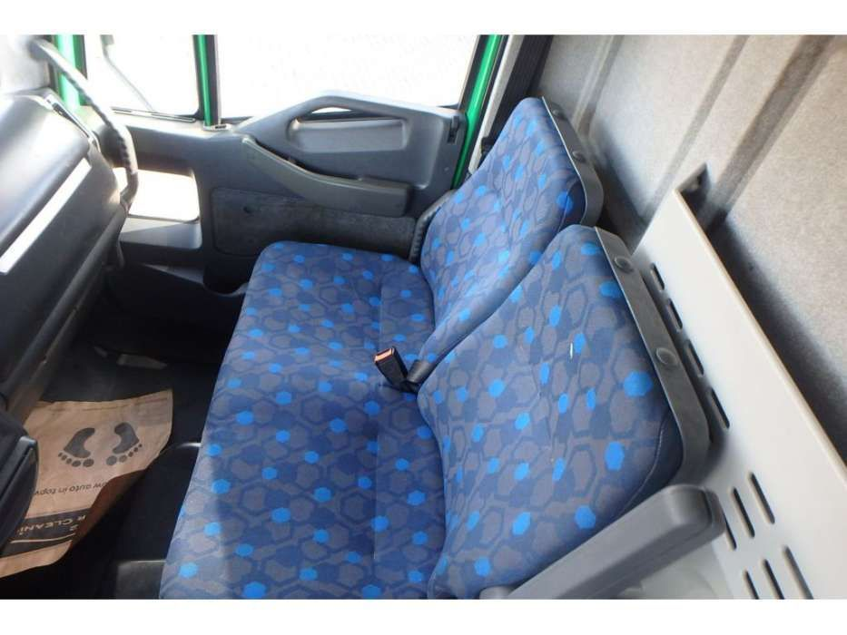 Iveco EuroCargo 120E18 + Manual + Lift - 2