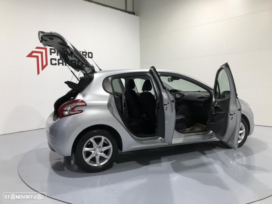 Peugeot 208 1.4 HDI Active - 20