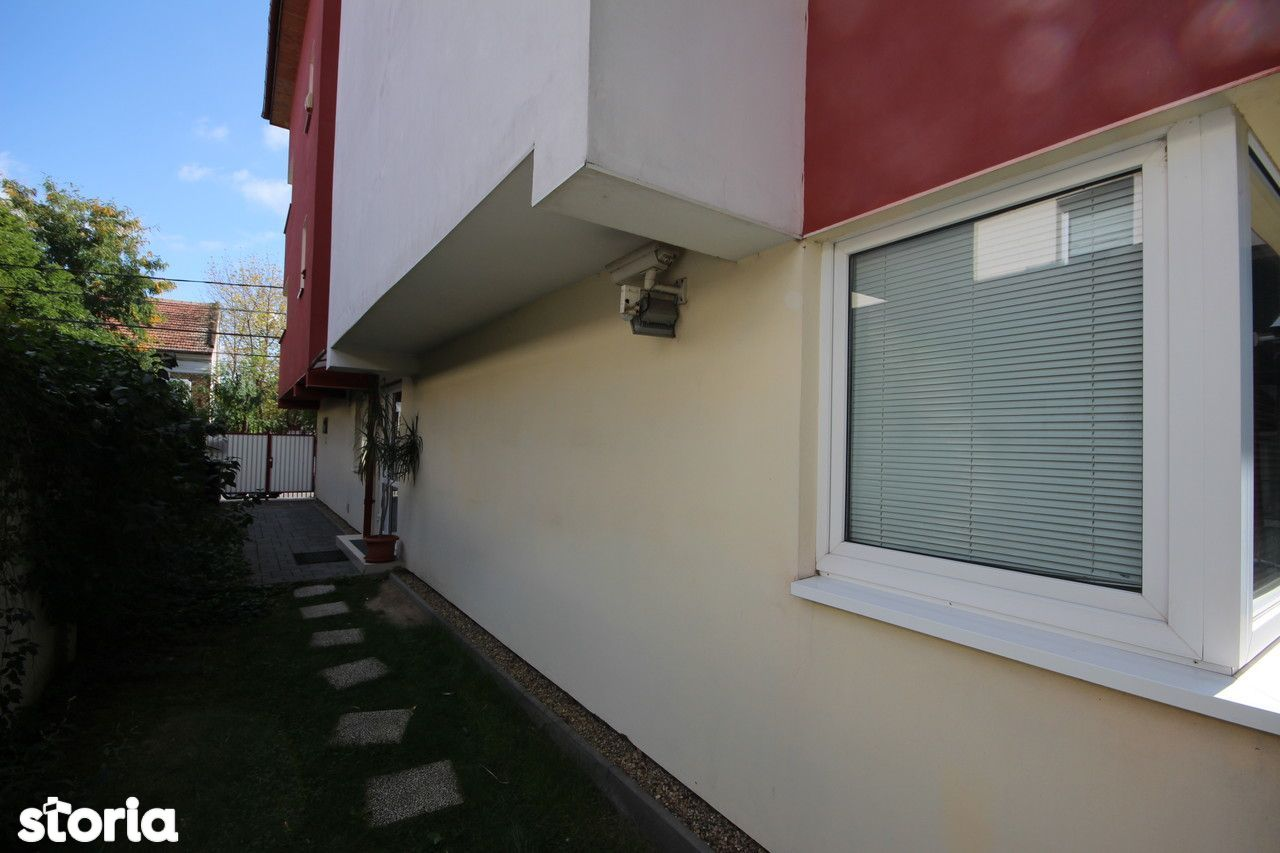 Birou de vanzare, Timiș (judet), Complexul Studențesc - Foto 5