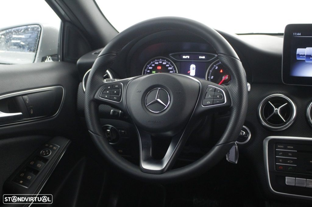 Mercedes-Benz A 180 CDi Final Edition Cx. Aut. - 16