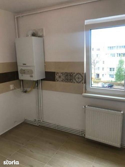Apartament de vanzare, Brașov (judet), Strada Liviu Cornel Babeș - Foto 3