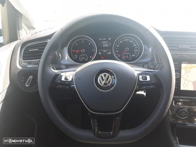 VW Golf 1.6 TDI 115cv CONFORTLINE 5P - 9