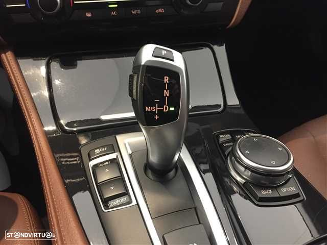 BMW 520 d Line Luxury Auto - 8