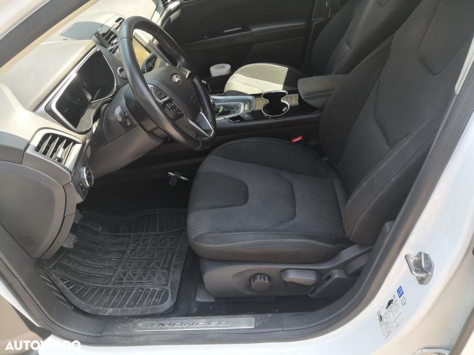 Ford Mondeo Mk5 - 22