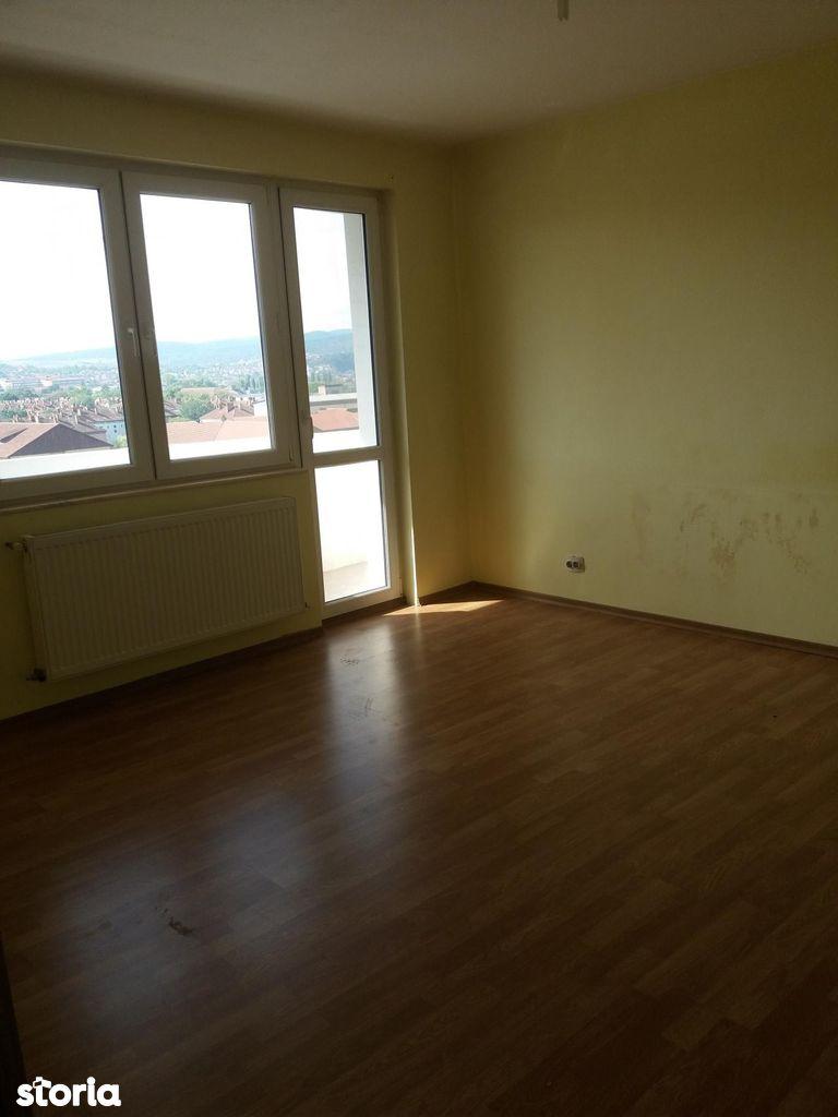 Apartament de inchiriat, Hunedoara (judet), Hunedoara - Foto 4