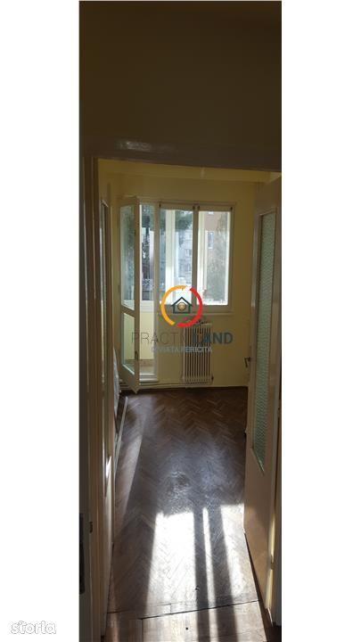 Apartament de inchiriat, Brașov (judet), Aleea Mercur - Foto 2
