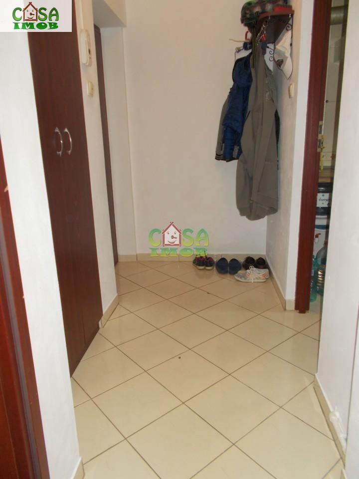 Apartament de vanzare, Dâmbovița (judet), Micro 9 - Foto 14