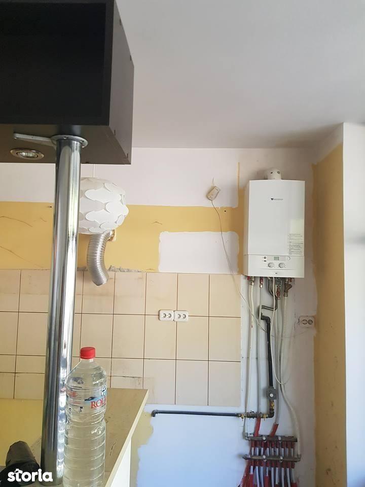Apartament de vanzare, Bacău (judet), Oneşti - Foto 4
