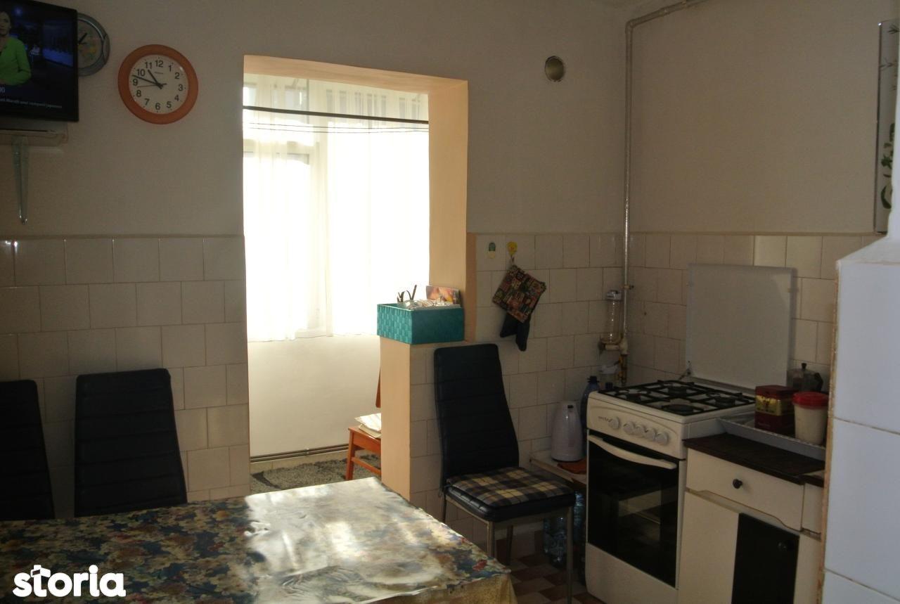 Apartament de vanzare, Argeș (judet), Găvana - Foto 6
