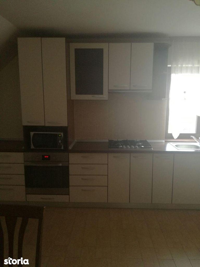 Apartament de inchiriat, Sibiu (judet), Strada Eroilor - Foto 6