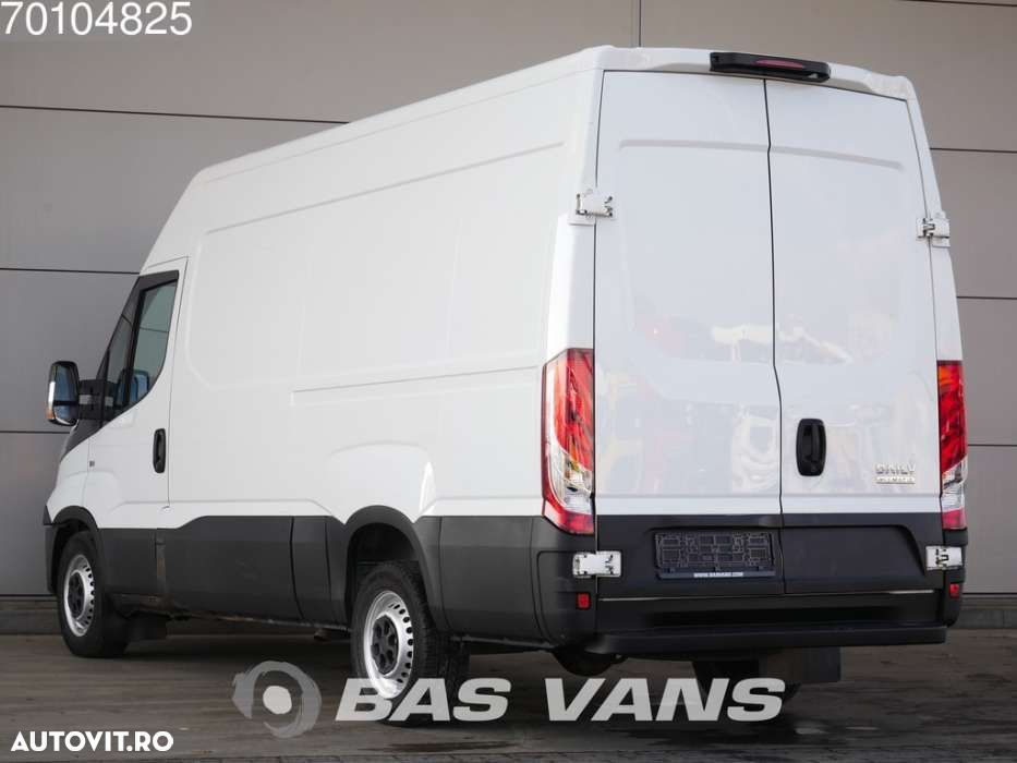 Iveco Daily 35S13 130pk Automaat Airco Camera Cruise L2H2 12m3 ... - 2