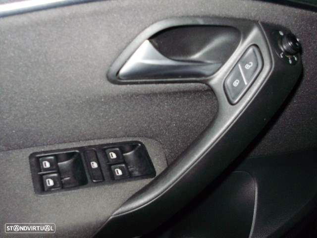 VW Polo 1.4 TDi Connect - 7