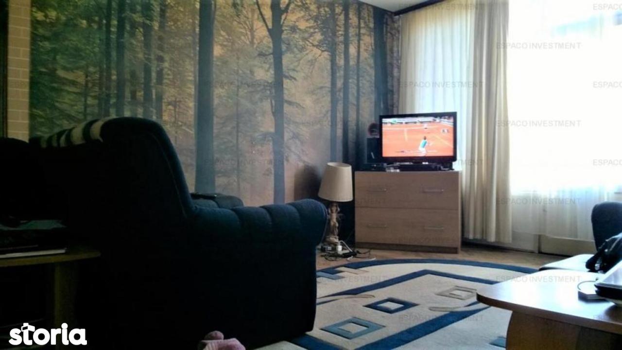 Apartament de vanzare, București (judet), Piața Charles de Gaulle - Foto 1