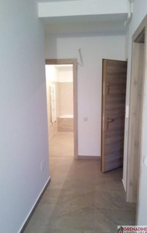 Apartament de vanzare, Brașov (judet), Tractorul - Foto 5