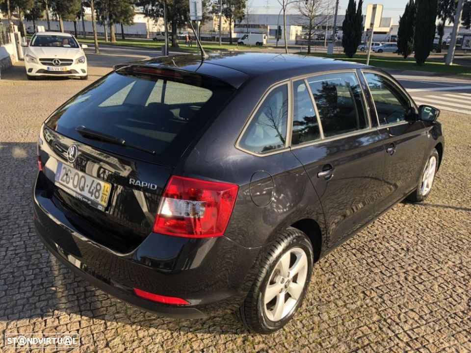 Skoda Rapid Spaceback 1.6 TDi Ambition - 11