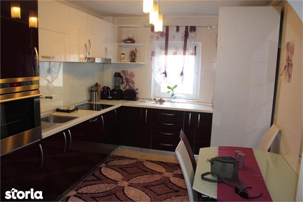 Apartament de vanzare, Brașov (judet), Strada Prunului - Foto 3