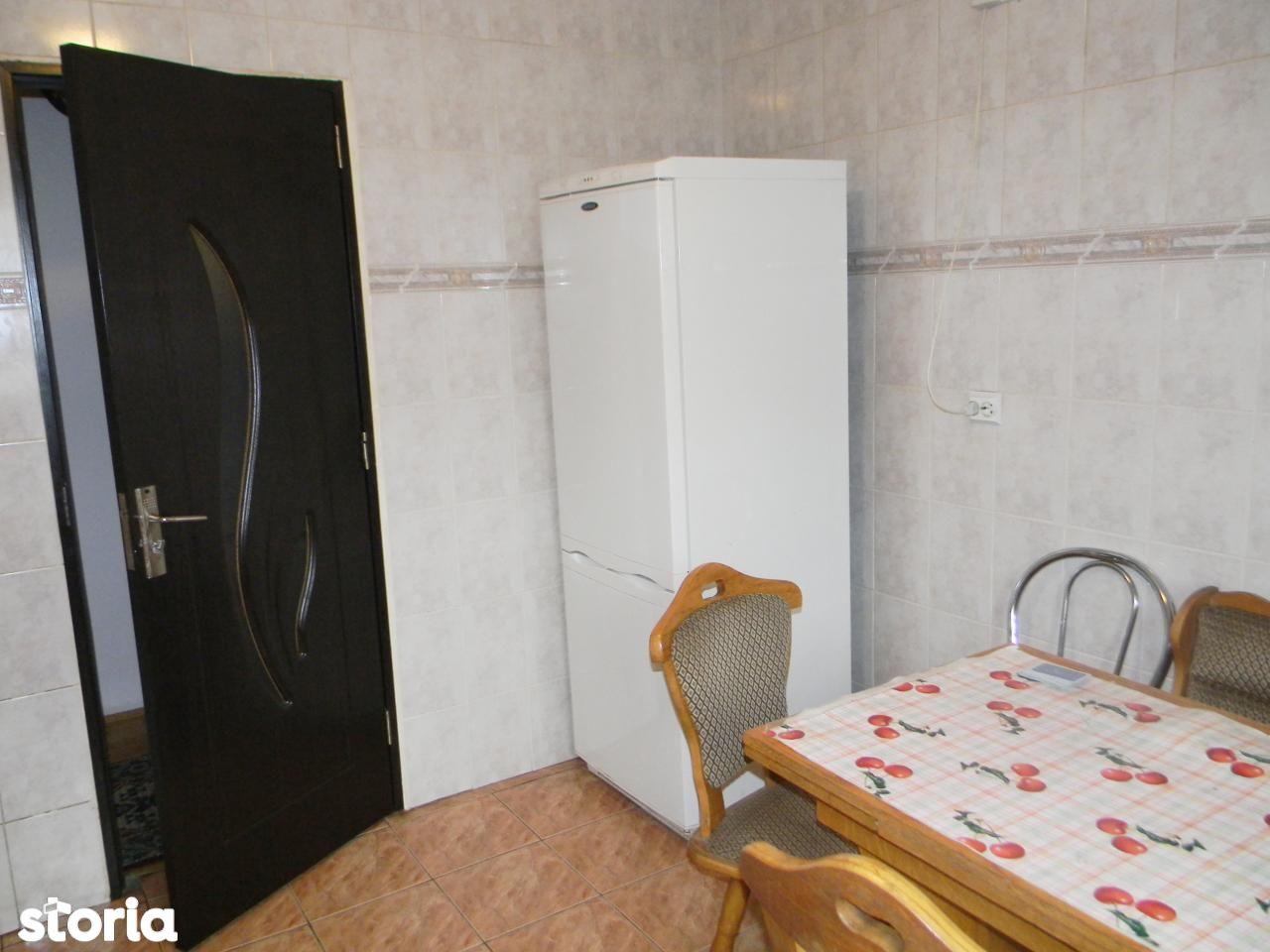 Apartament de inchiriat, Brașov (judet), Valea Cetății - Foto 11