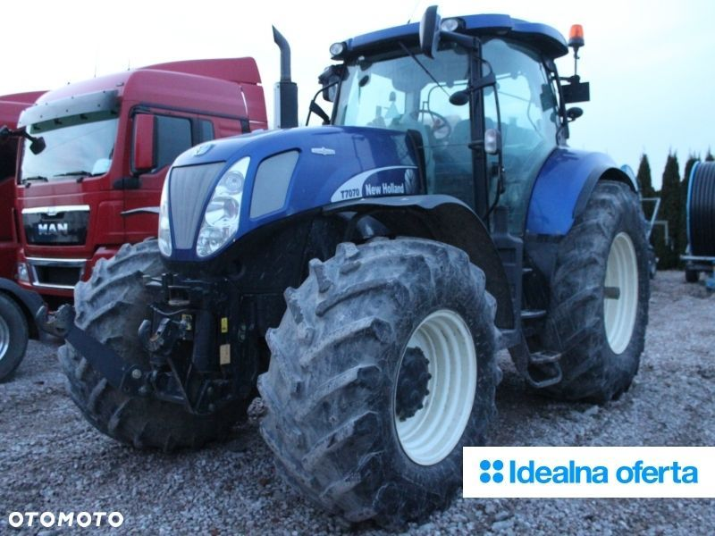 New Holland T7070 - 4