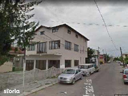 Casa de vanzare, Dâmbovița (judet), Strada Maior Brezișeanu Eugen - Foto 3