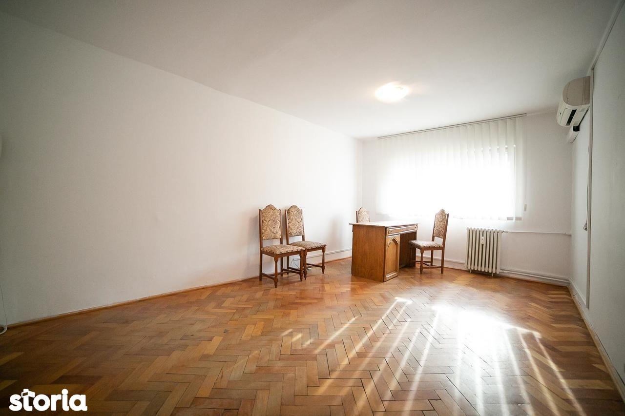 Apartament de vanzare, Arad (judet), Strada Cornel Radu - Foto 4