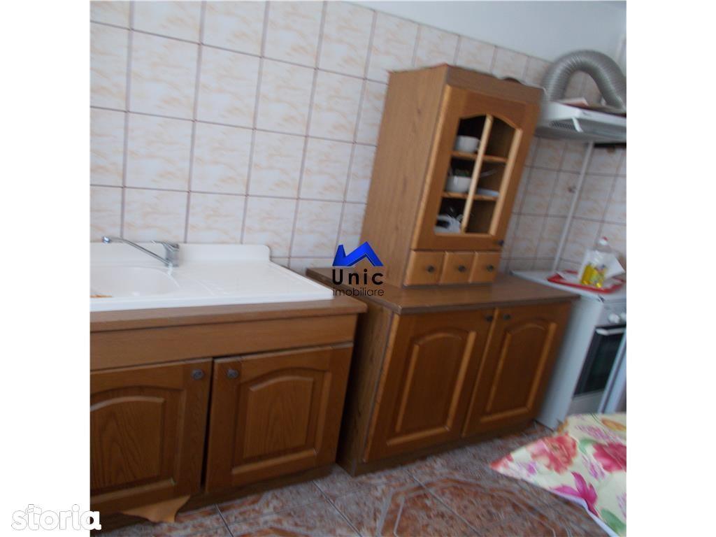 Apartament de vanzare, Dâmbovița (judet), Micro 4 - Foto 11