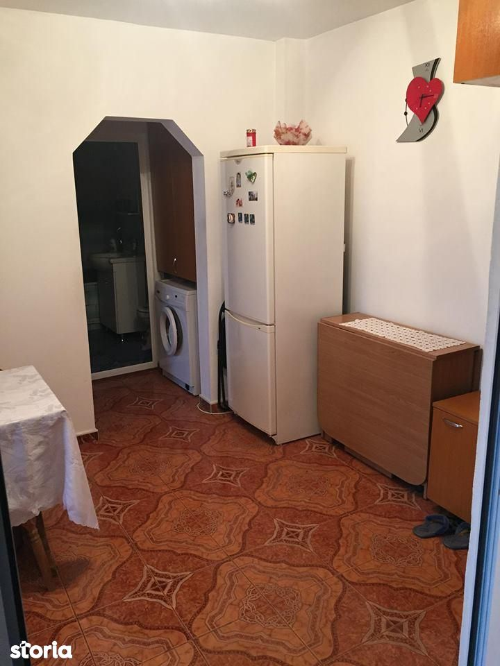 Apartament de vanzare, Onesti, Bacau - Foto 3