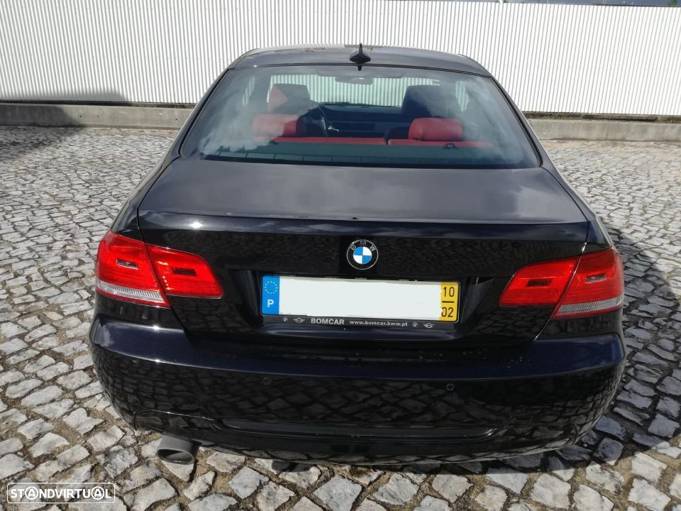 BMW 320 Coupe - 2