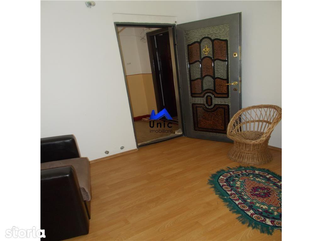 Apartament de vanzare, Dâmbovița (judet), Micro 4 - Foto 8
