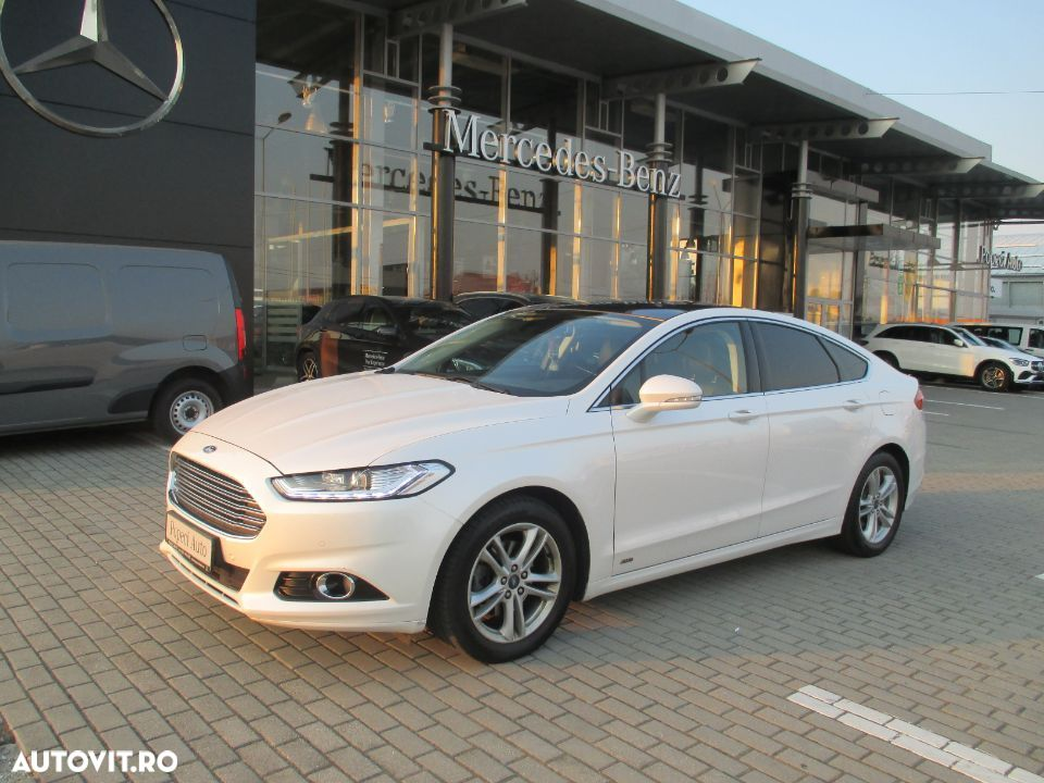 Ford Mondeo Mk5 - 39