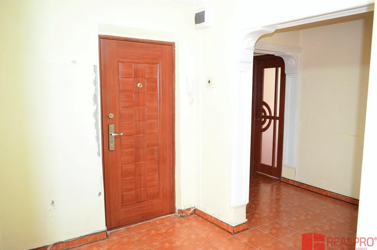 Apartament de vanzare, Vâlcea (judet), Strada Gabriel Stoianovici - Foto 13